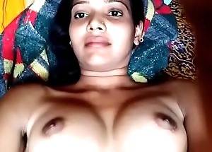 Hot Indian bhabhi showing her chut and boobs :)