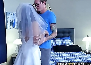 Brazzers - Hitched Increased by Ditched Lylith Lavey