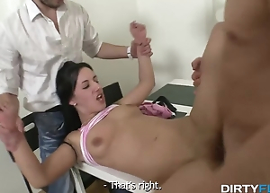 Go steady with tells his hot babe to let a gleam fuck her